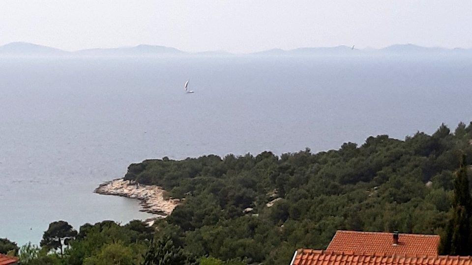BAUGRUNDSTÜCK - am Hang - mit Blick auf die Kornaten und Ort Betina - ca. 1000m zum Strand