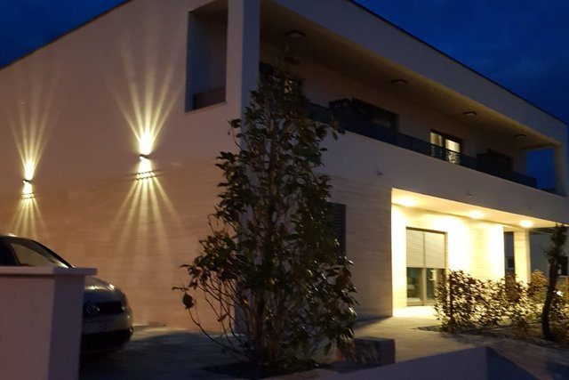 House, 270 m2, For Sale, Vodice
