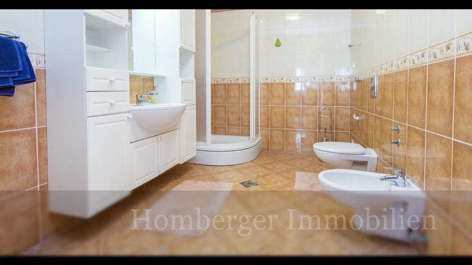 House, 430 m2, For Sale, Pirovac