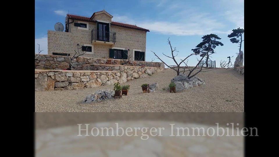 House, 109 m2, For Sale, Hvar